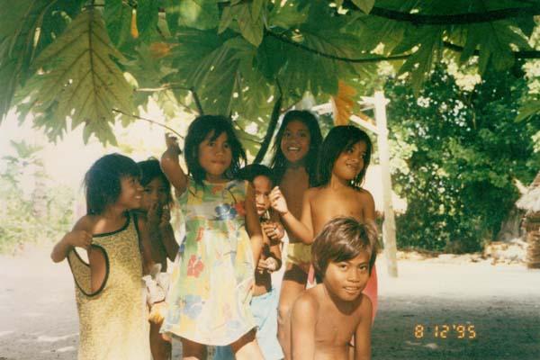 Кирибати 10600