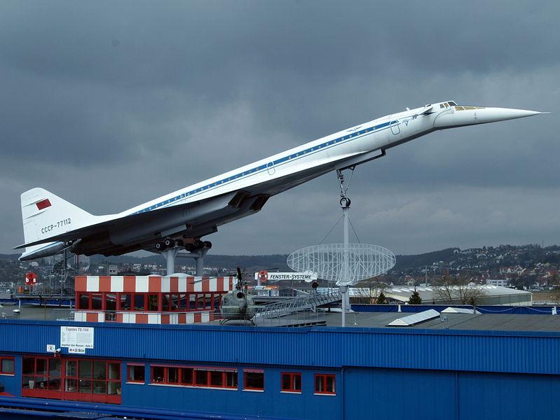 799px-Tupolev_Tu-144,_Aeroflot_CCCP-77112