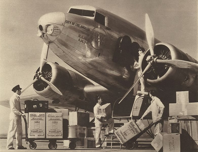781px-Douglas_DC-1_NC_223Y