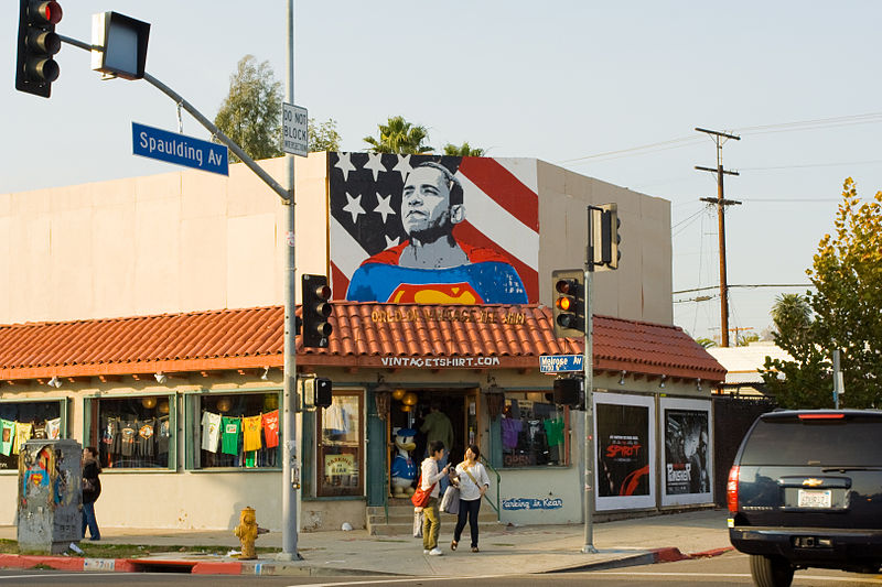 800px-Obama_Superman_Los_Angeles