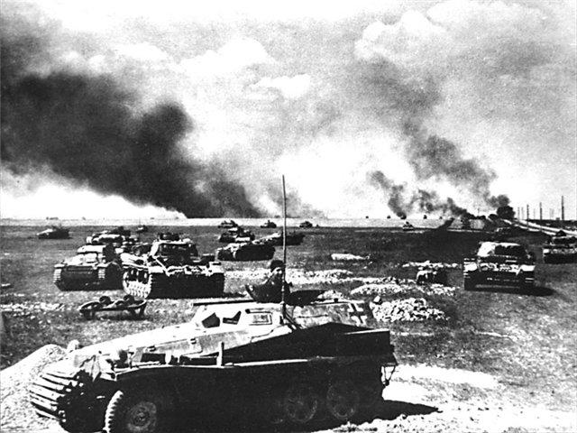 поле усеянное танками 434389843