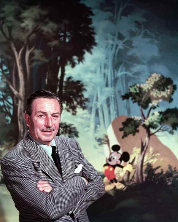 1303458356_22_Walt-Disney-11