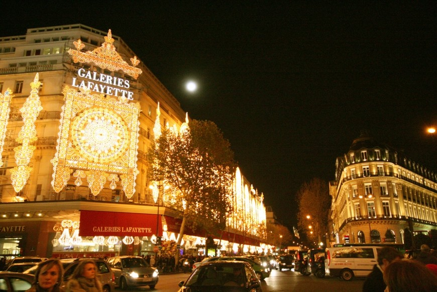 Новогодний Париж