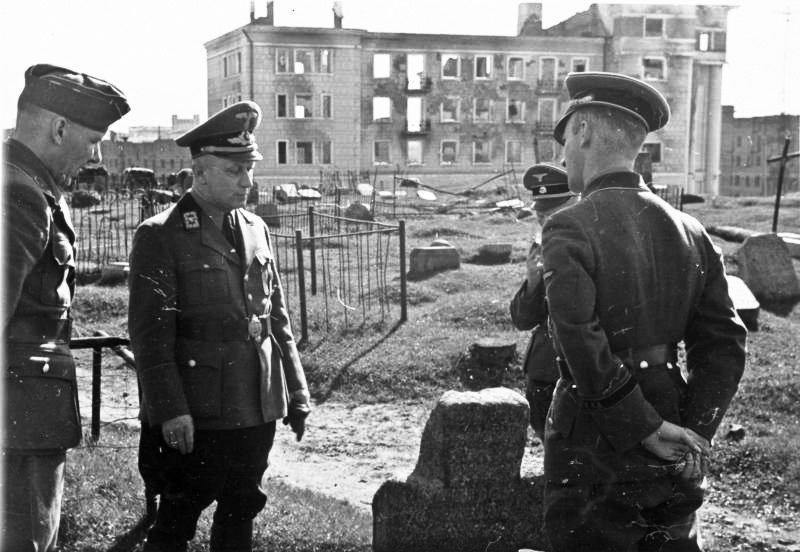 Bundesarchiv_Bild_146-1976-127-31A,_Wilhelm_Kube_in_Minsk