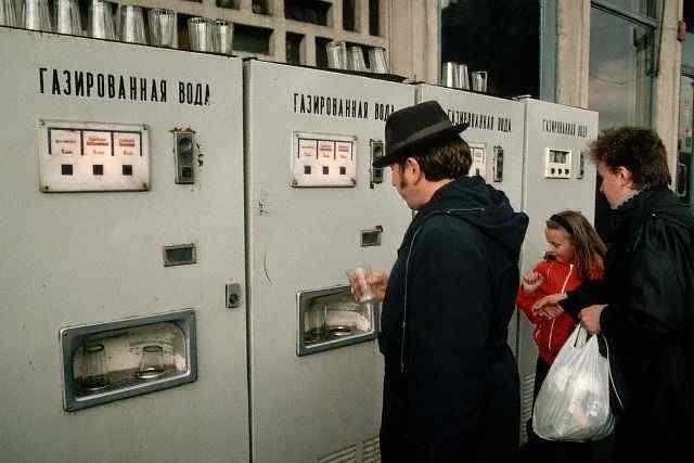 «Газированные аппараты», газировка и другие напитки в СССР.