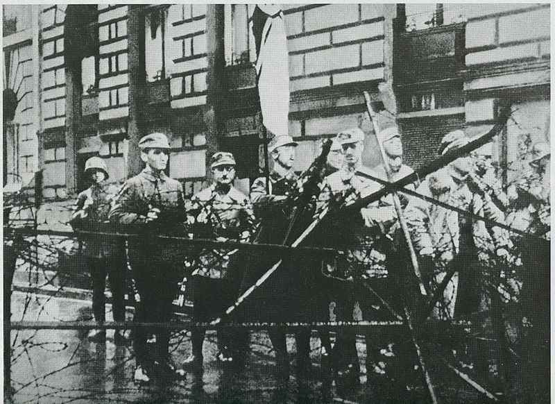 800px-Пивной_путч_Мюнхен,_ноябрь_1923_года