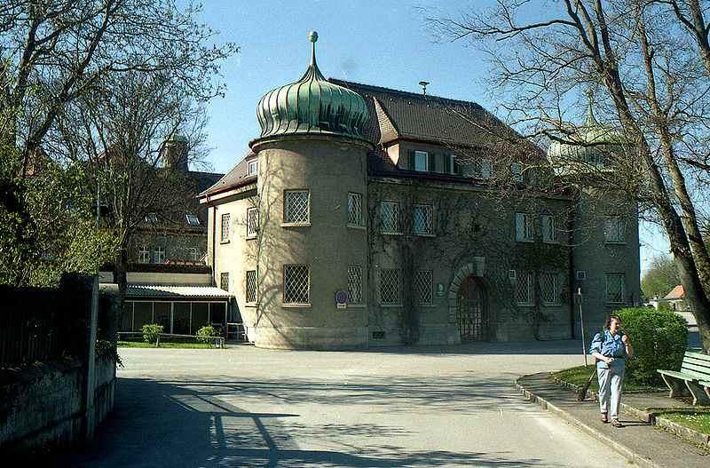 800px-Landsberg.Jail
