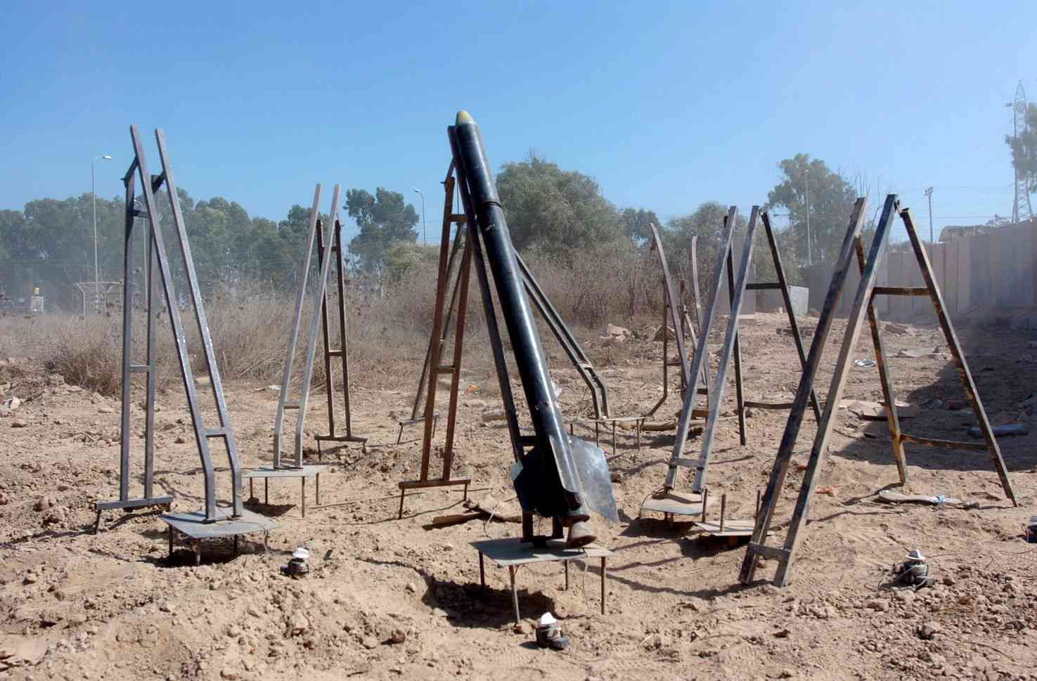 Flickr_-_Israel_Defense_Forces_-_Eight_Qassam_Launchers_in_Gaza