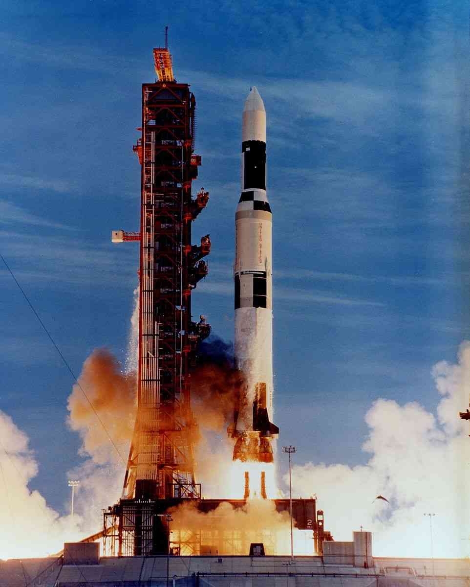 Skylab_launch_on_Saturn_V