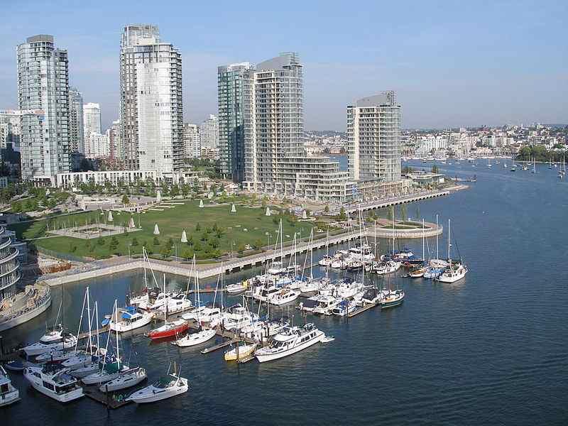 800px-Vancouver-bridge
