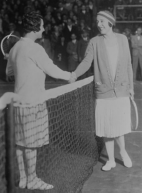 500px-Suzanne_Lenglen_and_Mary_Browne
