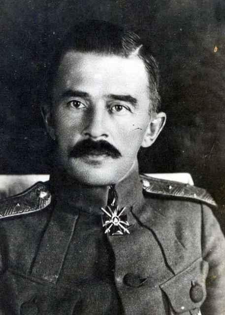 Дитерихс Михаил Константинович. Биография российского военачальника.