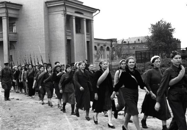 Всевобуч — военное обучение в СССР.